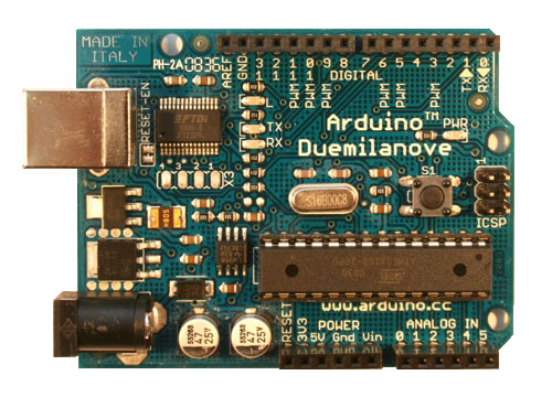Photo d'une carte Arduino Duemilanove